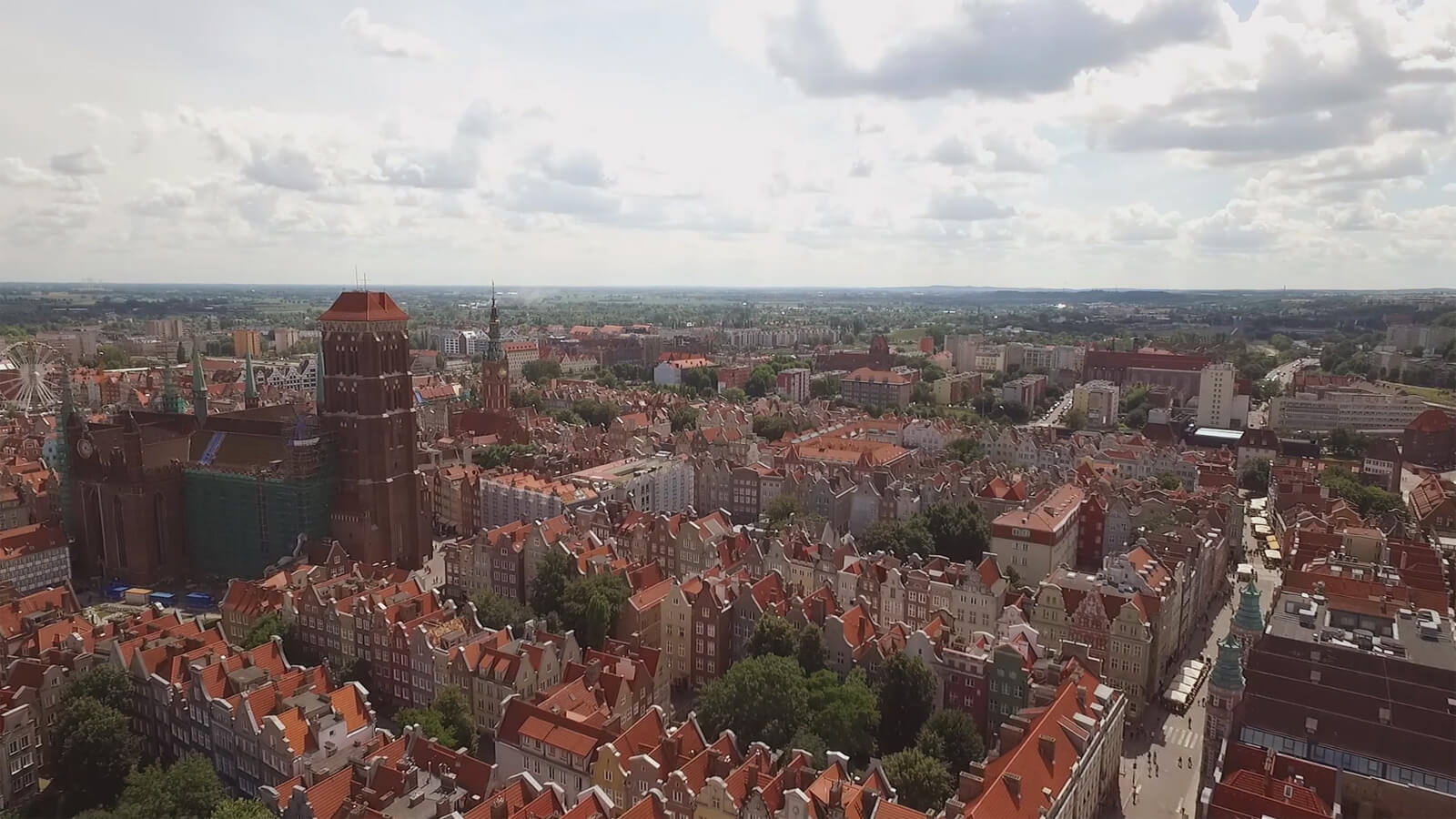 Gdańsk Old Town, a drone's eye view. Grand Brokers are specialists for investments in Tri-City.